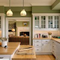 Акриловая краска на стенах кухни