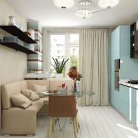 Бежевые стены и кафельный фартук на кухне