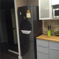 Место для холодильника на кухне однокомнатной квартиры