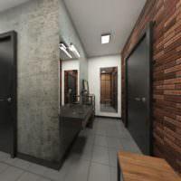 Серые стены и старый кирпич в дизайне прихожей