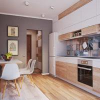 Фартук из керамической плитки на кухне в однушке панельного дома