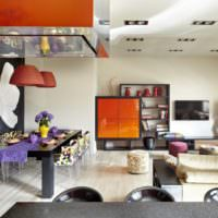 Сочетание оранжевого и черного цветов в дизайне помещения