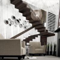 Дизайнерская лестница на второй этаж жилого дома