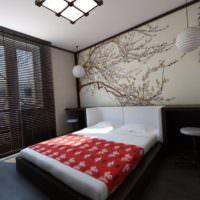 Спальня в японском стиле с фотообоями над кроватью