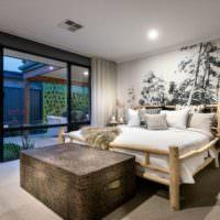 Самодельная кровать из дерева в дизайне спальни