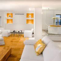 Золотые ниши в интерьере гостиной