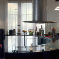 Барная стойка из стекла на кухне мужской квартиры
