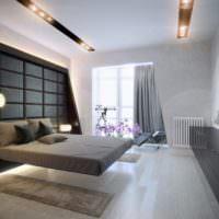 Парящая в воздухе кровать в спальне городской квартиры