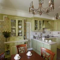 Теплые оливковые тона в кухне-гостиной