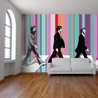 Дизайнерское оформление стен с помощью обоев в полоску