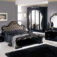 Классическая мебель в темных тонах в спальне