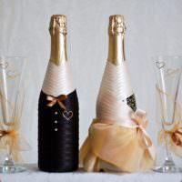 Красивое оформление бутылок для жениха и невесты