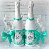 Праздничный декор шампанского для свадьбы