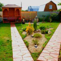 Бетонные дорожки к садовым постройкам