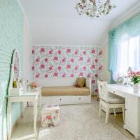 Мятный цвет в отделке комнаты в деревенском стиле