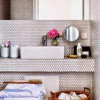 Облицовка ванной комнаты мелкой мозаикой