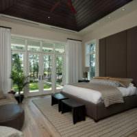 Интерьер черно-белой спальной комнаты