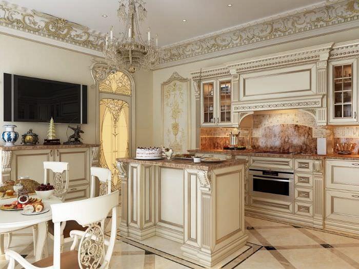 Дизайн интерьера кухни с лепными украшениями