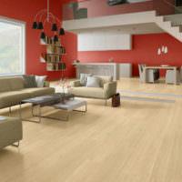Интерьер гостиной в красных и коричневых тонах