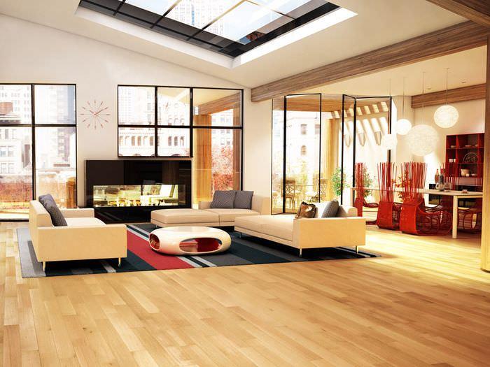 Ламинат с имитацией натурального дерева в дизайне гостиной