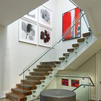 Вариант отделки ступеней лестницы в частном доме