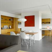 Серый линолеум в кухне-гостиной
