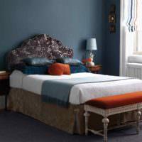 Акценты оранжевого цвета в модной спальне