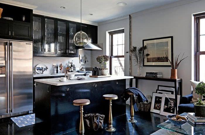 Интерьер современной кухни-гостиной в квартире мужчины