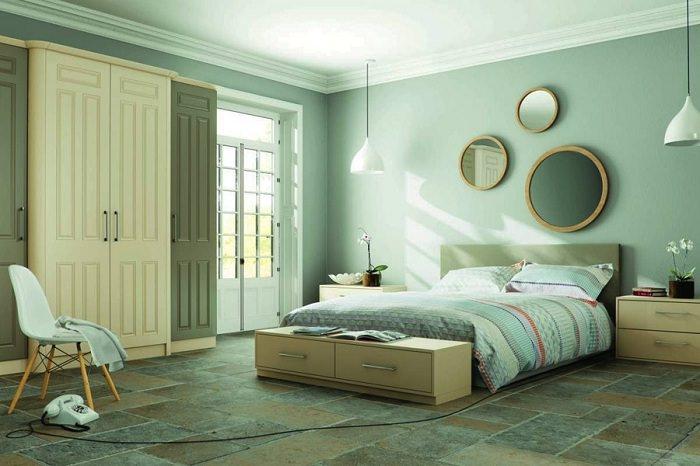 Оформление спальной комнаты в мятных тонах