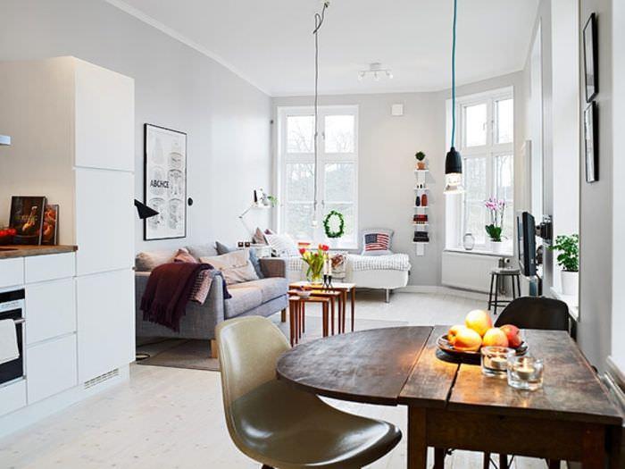 Естественное освещение в дизайне гостиной комнаты