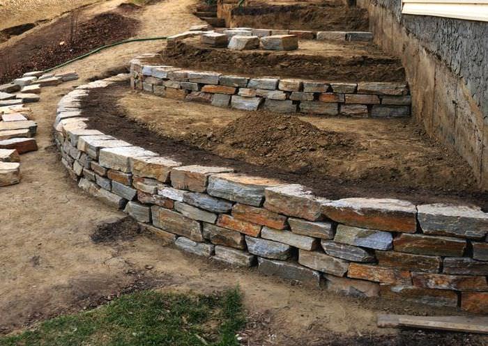 Создание подпорной стенки террасы своими руками