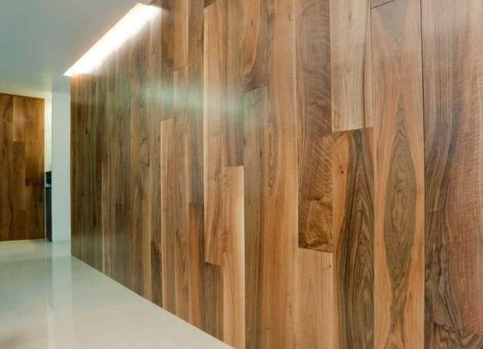 Вертикальный способ закрепления ламината на стене