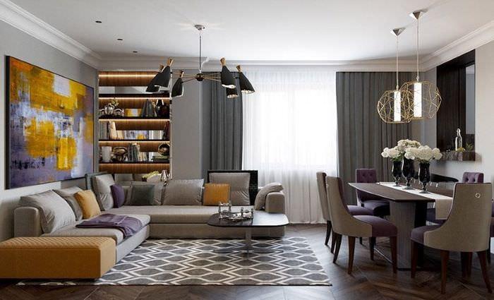 Интерьер в стиле контемпорари с серым цветом в качестве фона