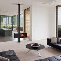 Камин в духе минимализма в загородном доме