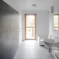 Интерьер в стиле минимализма в ванной загородного дома
