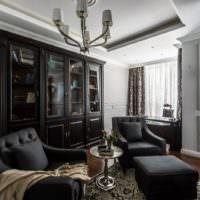 Черная мебель в интерьере жилого помещения