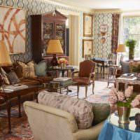 Обилие коричневых оттенков в оформлении гостиной