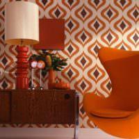 Сочетание коричневого цвета с оранжевым