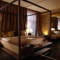 Уютная спальня в коричневых оттенках
