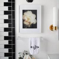 Черно-белые декорации в интерьере