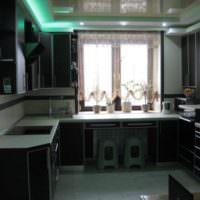 Дмзайн кухни в темных оттенках