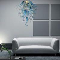 Люстра из муранского стекла в интерьере гостиной