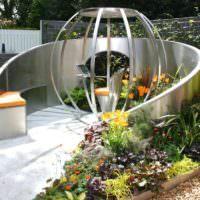 Место для отдыха в саду в стиле модерн