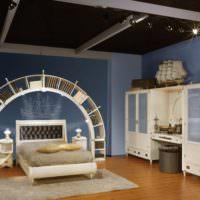 Синий цвет в оформлении спальни частного дома