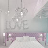 Стеклянные украшения в интерьере комнаты для девочки