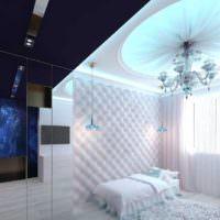 Стеклянная люстра на потолке детской спальни