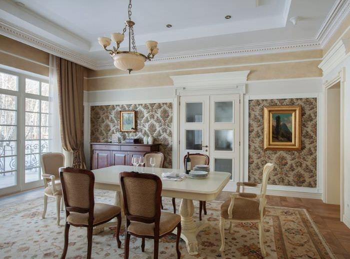 Интерьер классической гостиной в коричневых оттенках