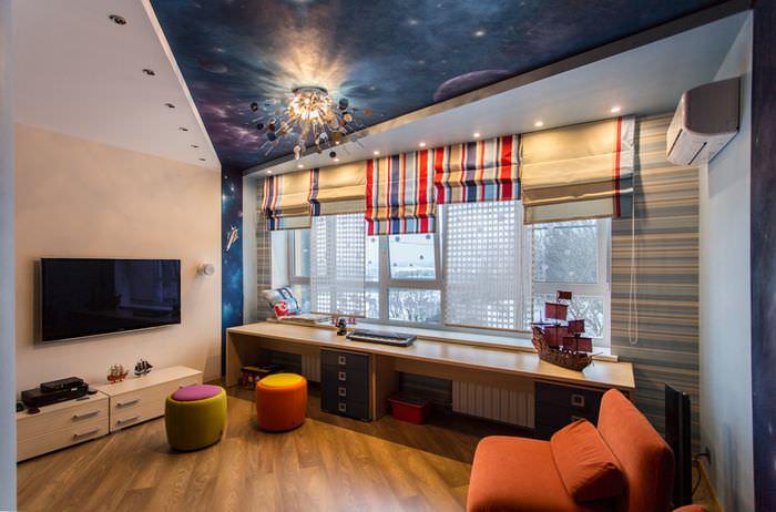 Звездный потолок в интерьере гостиной комнаты