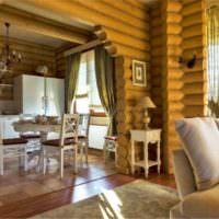 Кухня-гостиная в бревенчатом доме