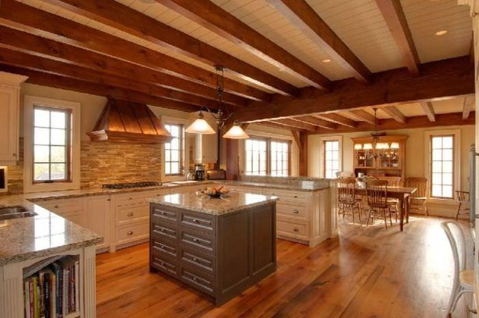 фандера одна потолок в деревянном доме фотографии система работает хорошо